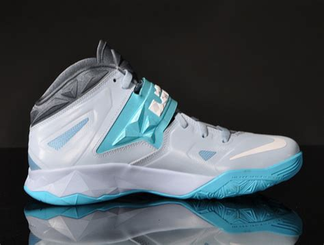 Nike Zoom Soldier VII - Light Armory Blue - White - Gamma