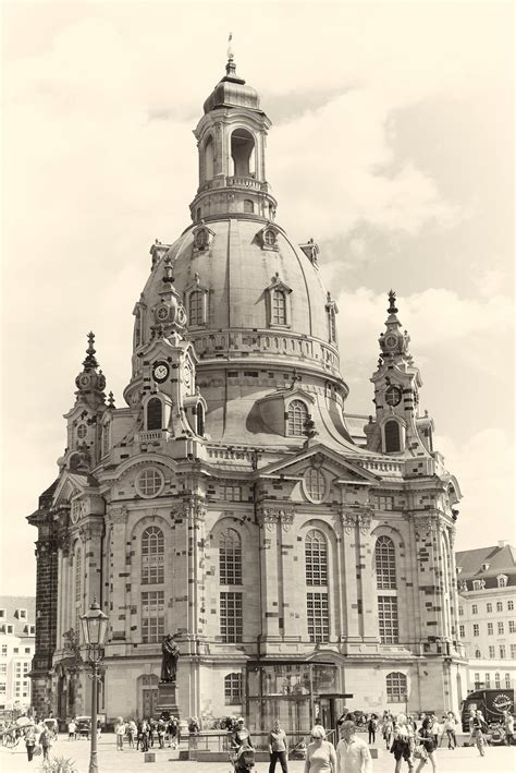 Vintage view of frauenkirche, germany, dresden free image